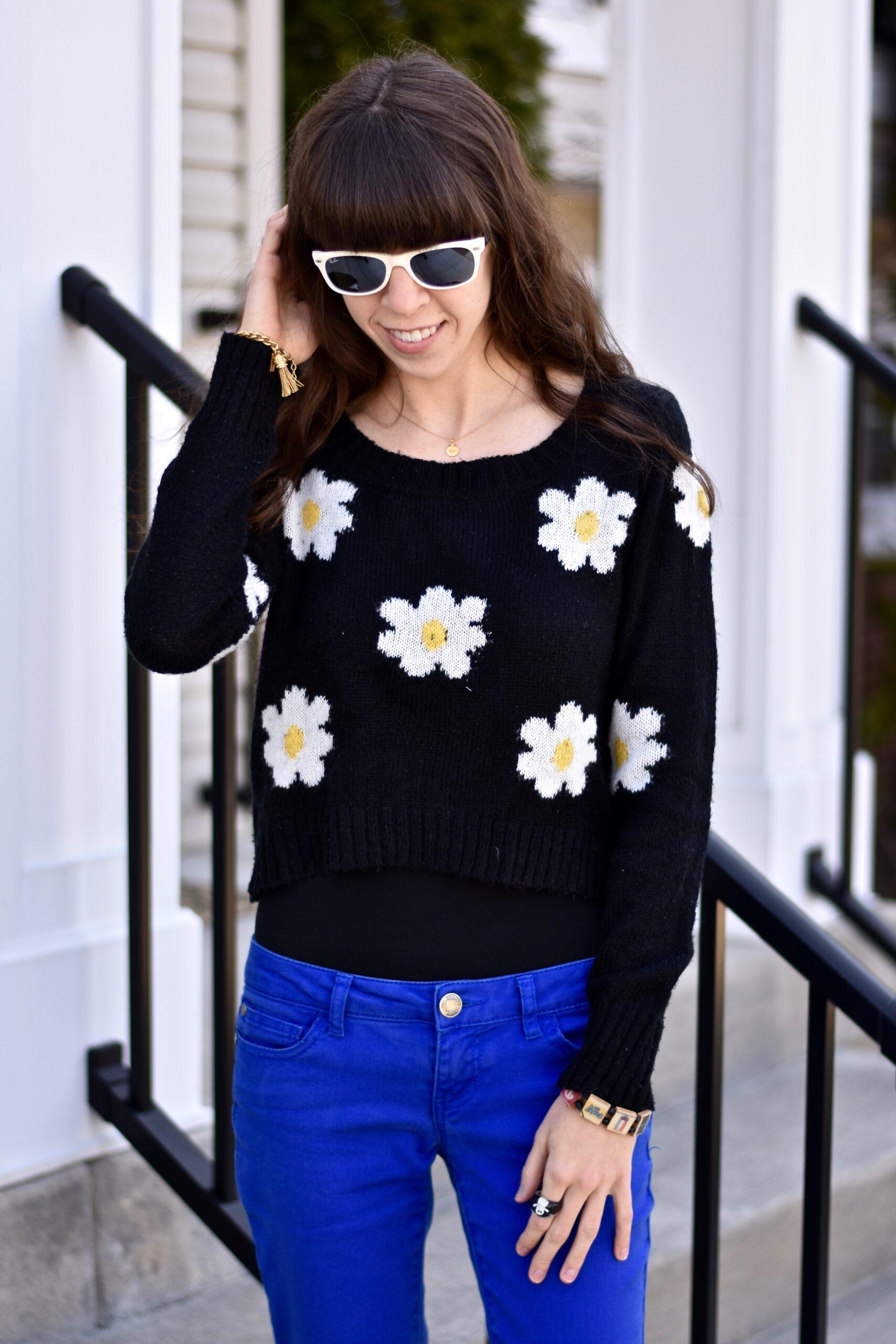 thepoppyskull.com-Daisy Spring Sweater